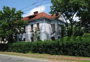 Prodej D�m Hradec Kr�lov�